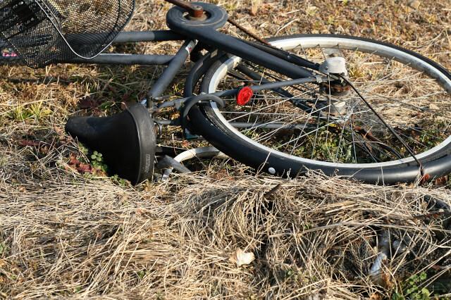 捨てられたバイク