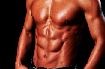 筋肉のついた体