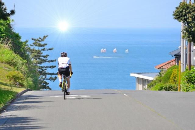 ロードバイクと海