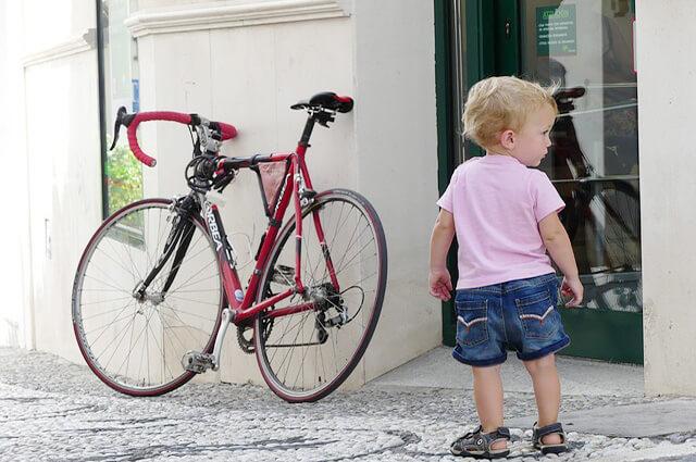 ロードバイクと子ども